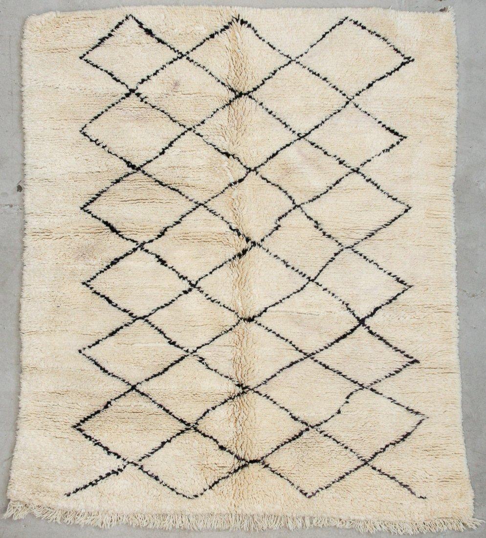 """Vintage Beni Ourain Rug: 6'7"""" x 7'5"""" (200 x 225 cm)"""