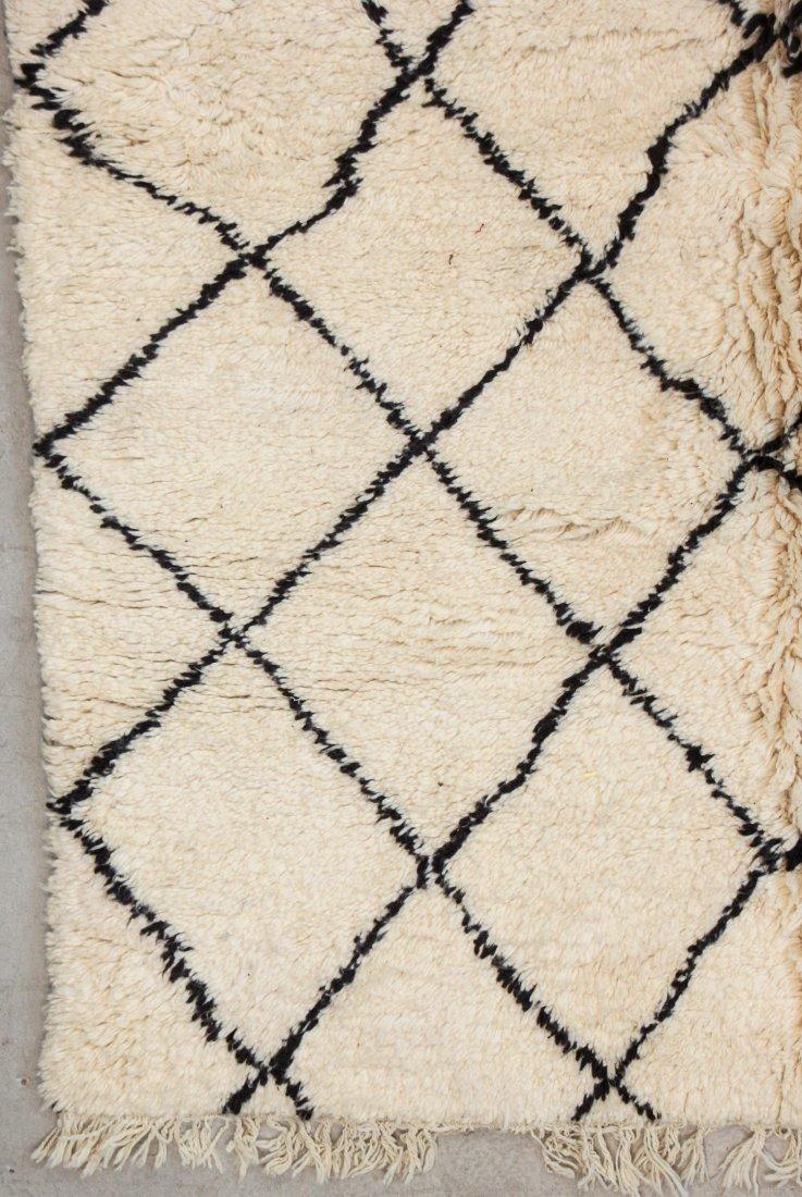 """Vintage Beni Ourain Rug: 6'3"""" x 7'11"""" (191 x 242 cm) - 2"""