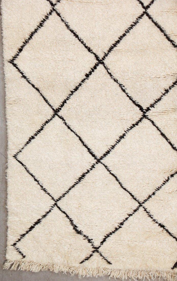 """Vintage Beni Ourain Rug: 7'3"""" x 9'10"""" (220 x 300 cm) - 2"""