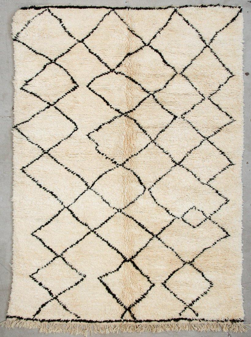 """Vintage Beni Ourain Rug: 7'1"""" x 9'11"""" (216 x 303 cm)"""