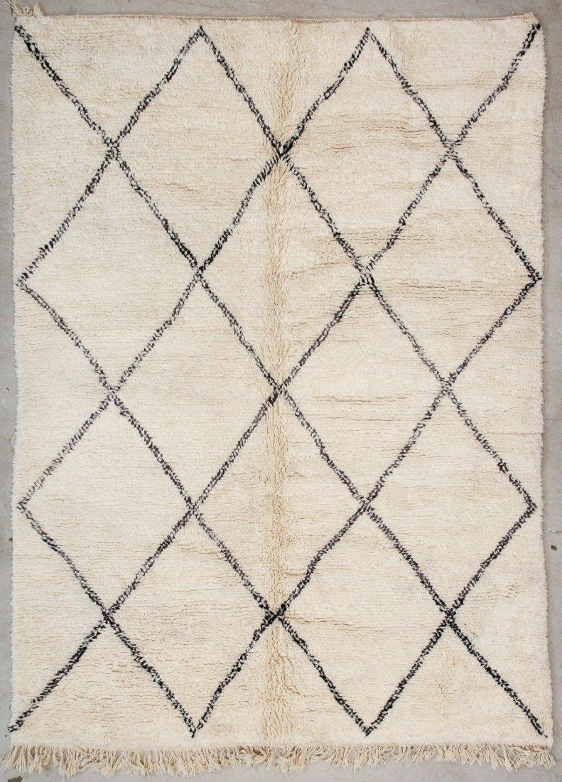 """Vintage Beni Ourain Rug: 7'5"""" x 9'4"""" (226 x 285 cm)"""