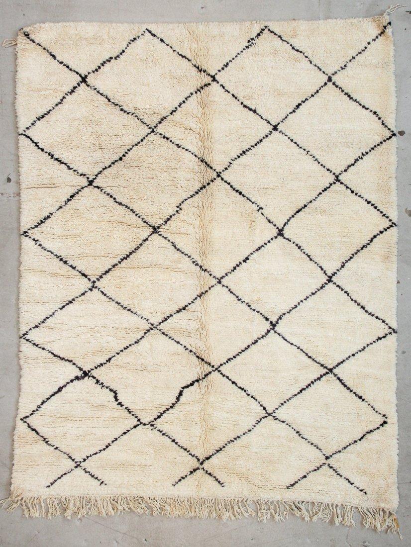 """Vintage Beni Ourain Rug: 6'11"""" x 8'9"""" (210 x 266 cm)"""