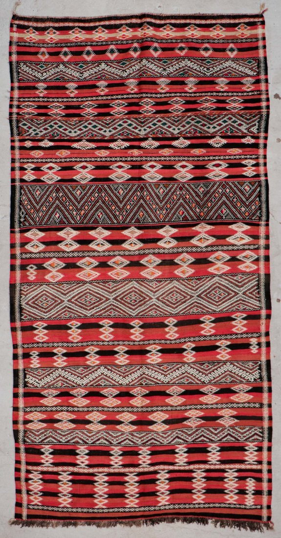 "Vintage Moroccan Kilim: 5'6"" x 10'10"" (167 x 330 cm)"