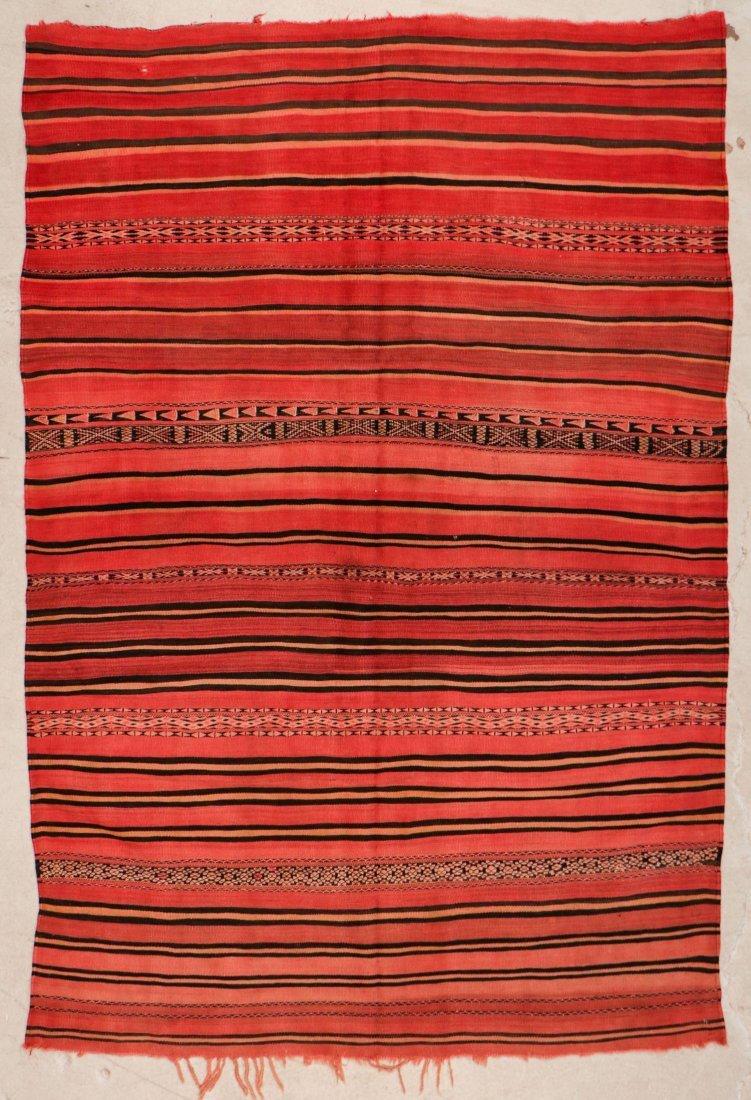 "Vintage Moroccan Kilim: 5'5"" x 8'3"" (166 x 252 cm)"