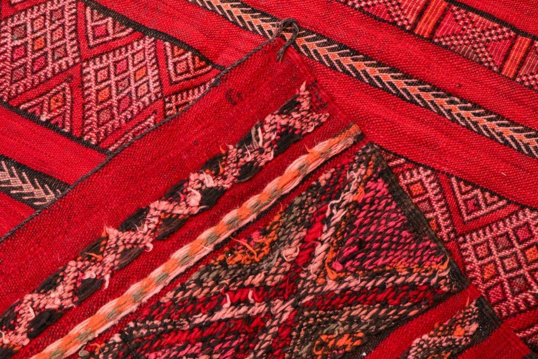 "Vintage Moroccan Kilim: 4'8"" x 7'7"" (141 x 230 cm) - 4"