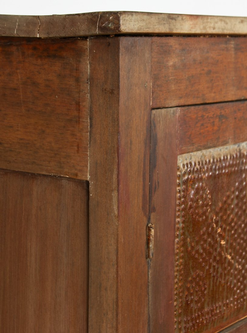 Rustic Suite of Antique American Furnishings - 4