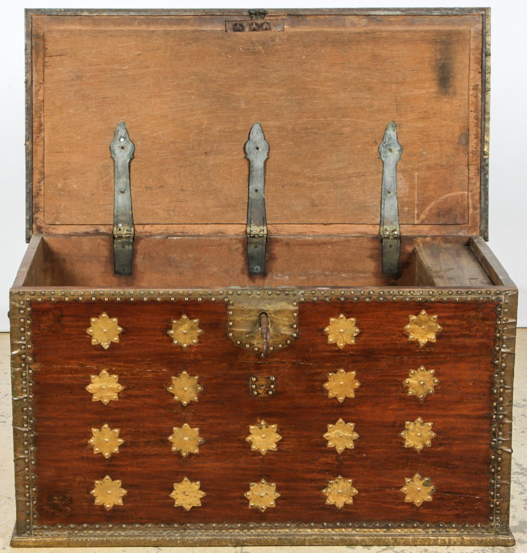 Antique Javanese Dowry Chest - 3