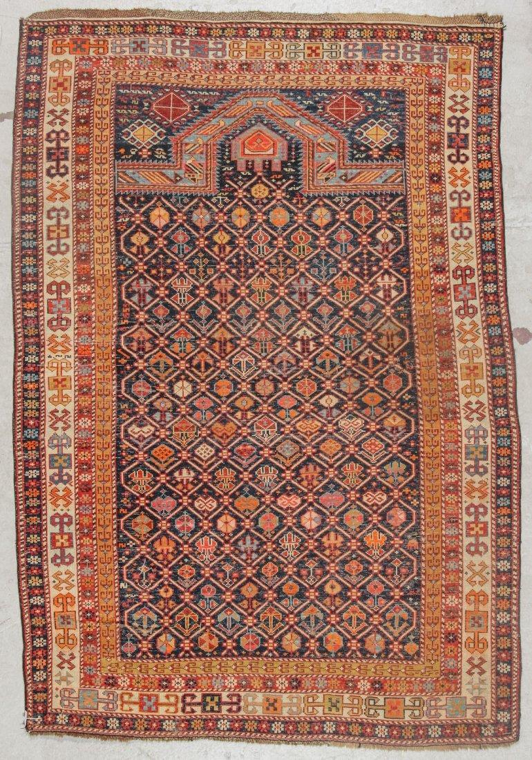 Antique Shirvan Prayer Rug: 4'1'' x 5'8'' (124 x 173 - 6