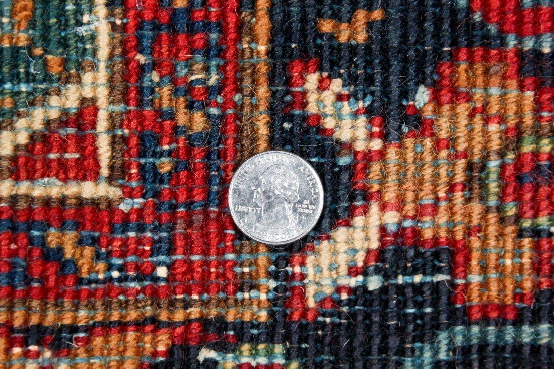 Antique Heriz Rug: 4'10'' x 6'5'' (147 x 196 cm) - 6