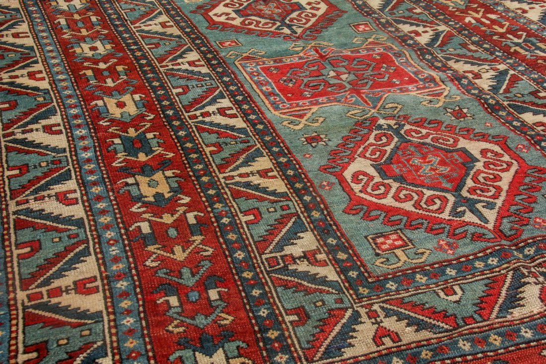 Antique Kazak Rug, 19th C: 5'6'' x 7'3'' (168 x 221 cm) - 3