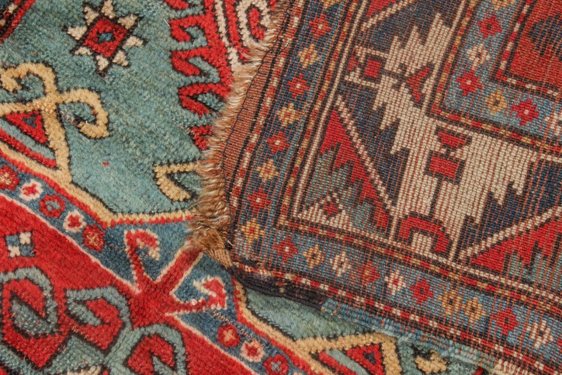 Antique Kazak Rug, 19th C: 5'6'' x 7'3'' (168 x 221 cm) - 4