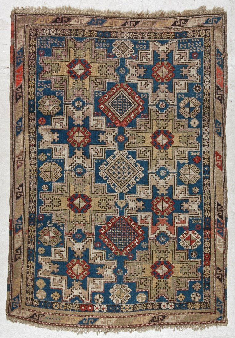 Antique Shirvan Rug: 3'10'' x 5'6'' (117 x 168 cm)