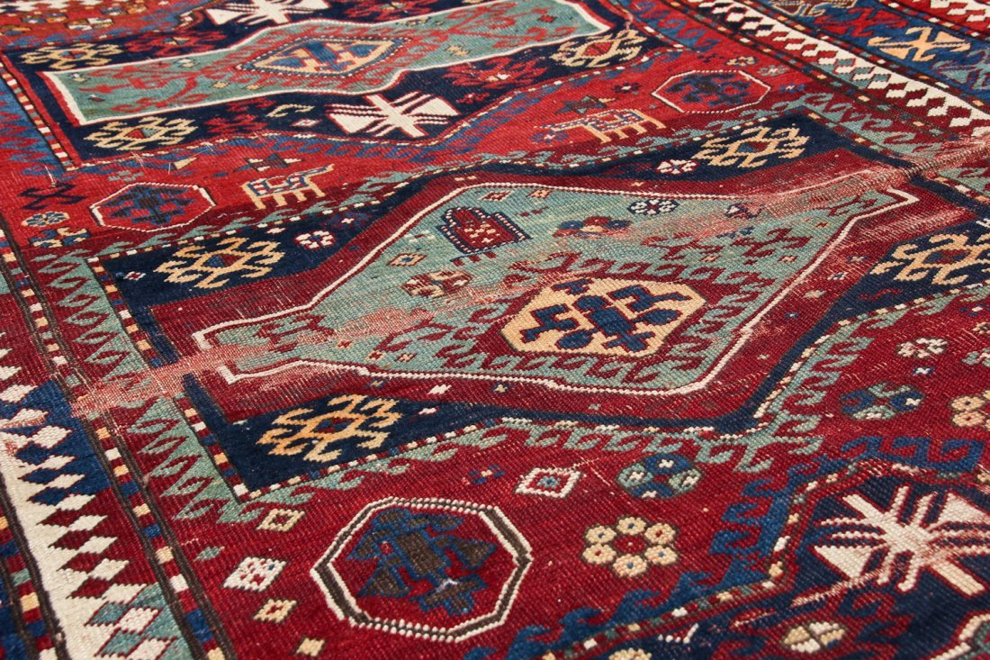 Antique Kazak Rug: 5'2'' x 7'8'' (157 x 234 cm) - 6