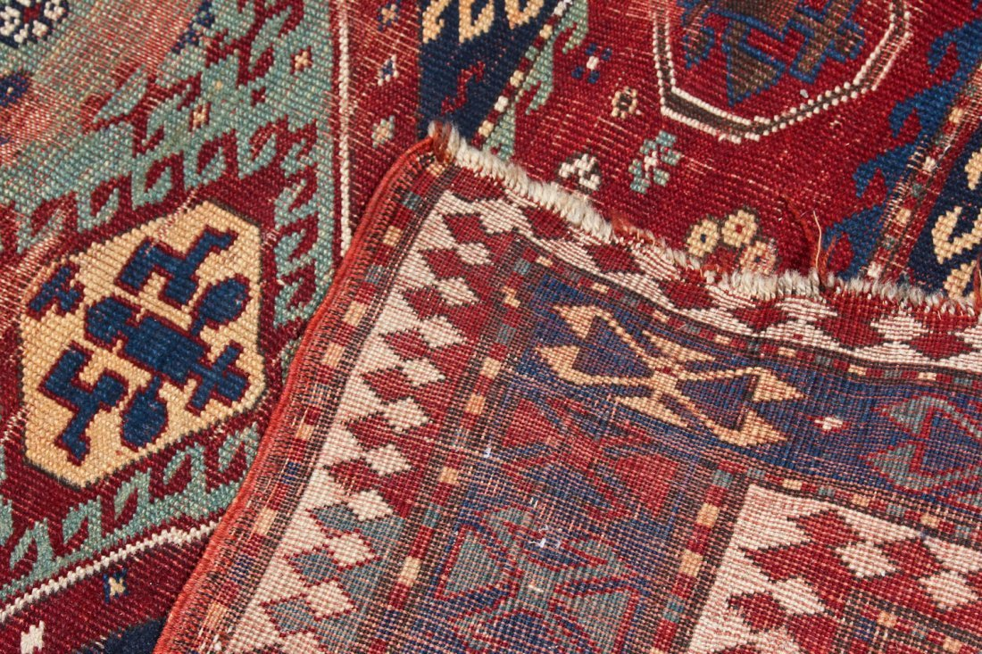 Antique Kazak Rug: 5'2'' x 7'8'' (157 x 234 cm) - 7