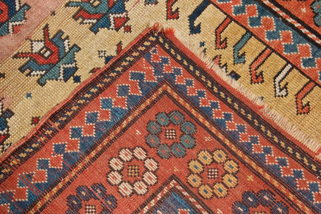 Antique Kazak Prayer Rug: 3'4'' x 5'6'' (102 x 168 cm) - 6