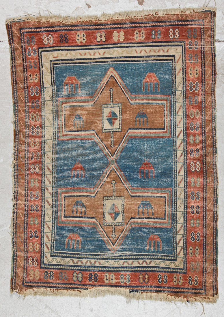 Antique Avar Rug: 3'3'' x 4'5'' (99 x 135 cm) - 6