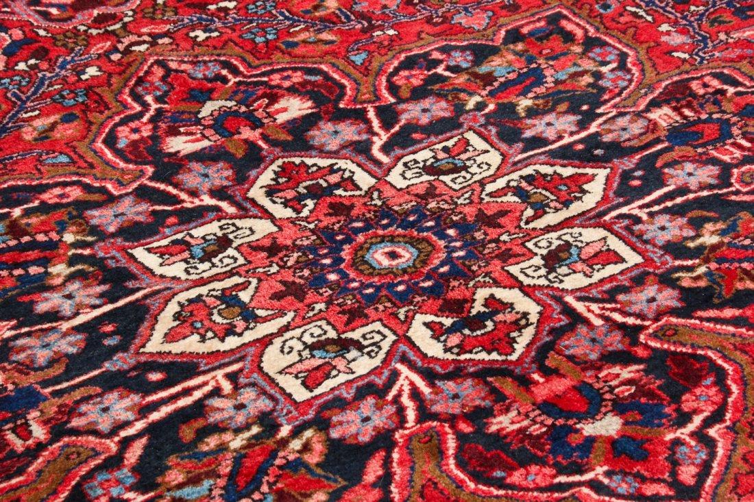 Vintage Heriz Rug: 8'3'' x 11'1'' (251 x 338 cm) - 3