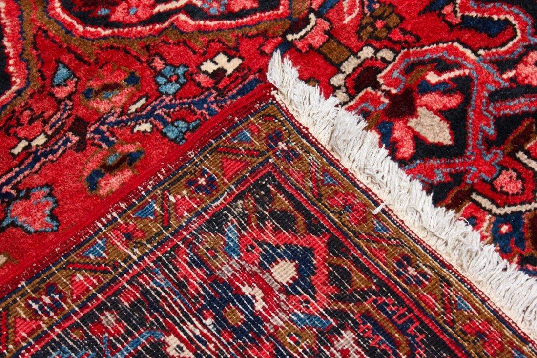 Vintage Heriz Rug: 8'3'' x 11'1'' (251 x 338 cm) - 4