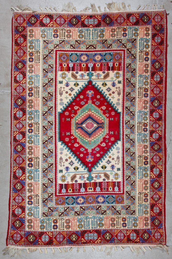 Vintage Moroccan Rug: 5'6'' x 8'3'' (168 x 251 cm)