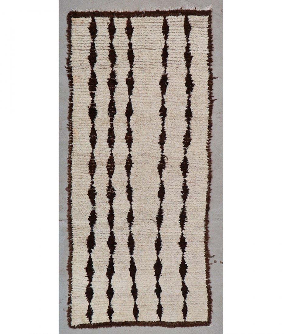 Vintage Beni Ourain Rug: 4'0'' x 8'10'' (122 x 269 cm)
