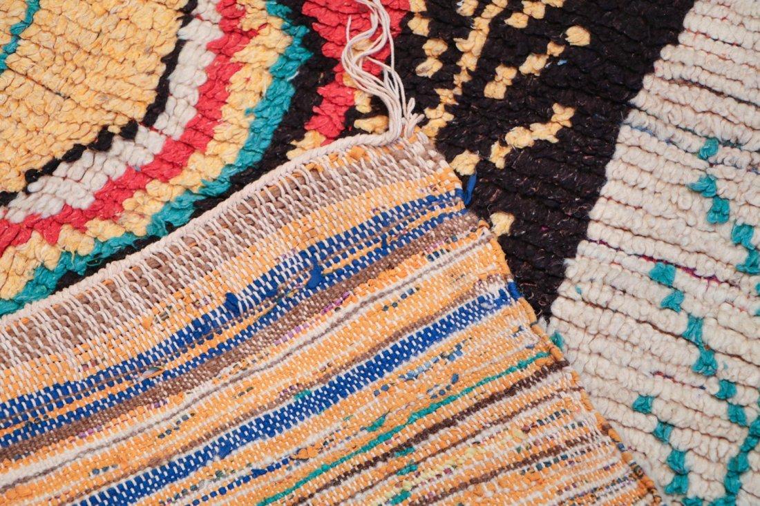 Vintage Moroccan Rug: 4'0'' x 8'0'' (122 x 244 cm) - 4