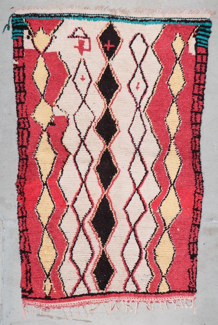 Vintage Moroccan Rug: 4'4'' x 6'10'' (132 x 208 cm)