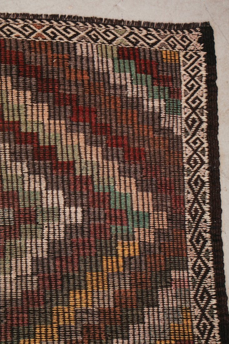 Semi-Antique Turkish Djidjim/Kilim: 6'8'' x 9'1'' (203 - 2