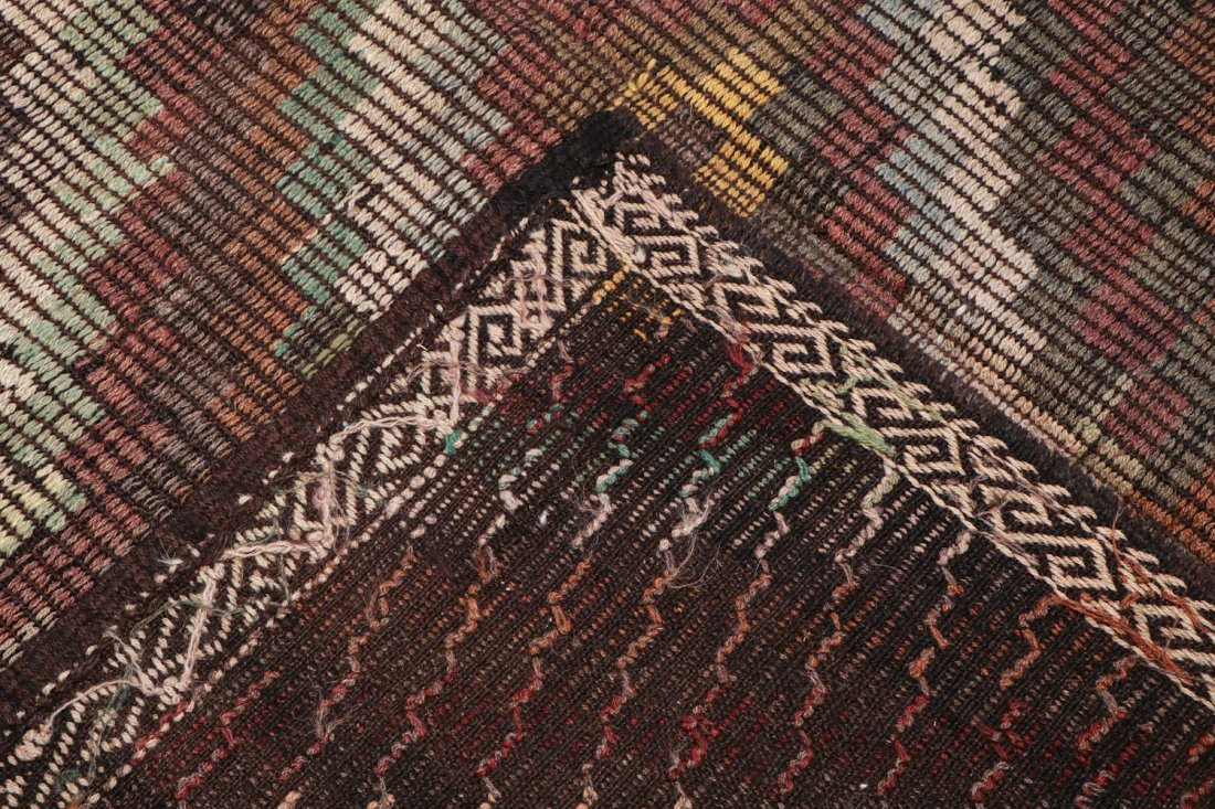 Semi-Antique Turkish Djidjim/Kilim: 6'8'' x 9'1'' (203 - 4