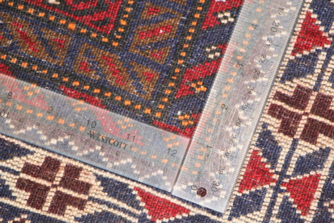 Vintage Beluch Rug: 5'5'' x 8'5'' (165 x 257 cm) - 5