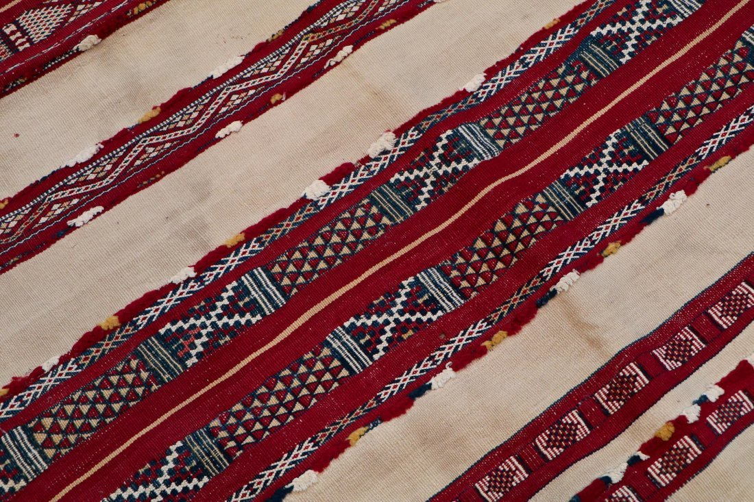 Antique Moroccan Flatweave: 5'2'' x 3'9'' (157 x 114 - 3