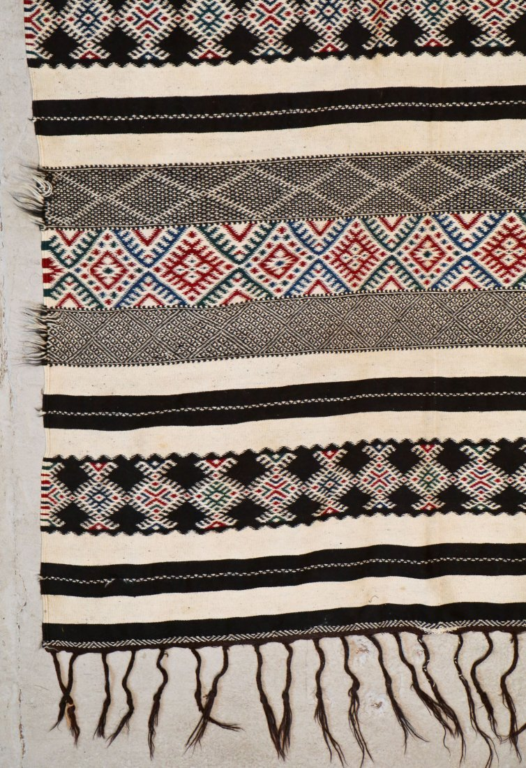 Antique Moroccan Flatweave: 10'11'' x 4'8'' (333 x 142 - 2