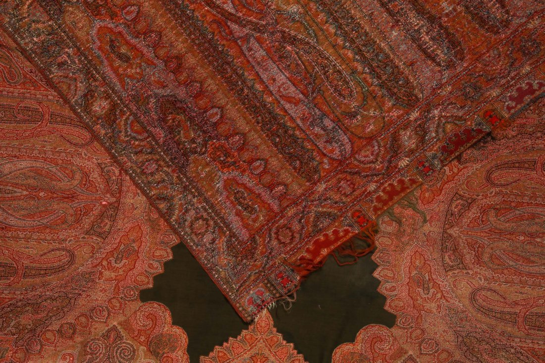 Antique Continental Wool Paisley Shawl - 3