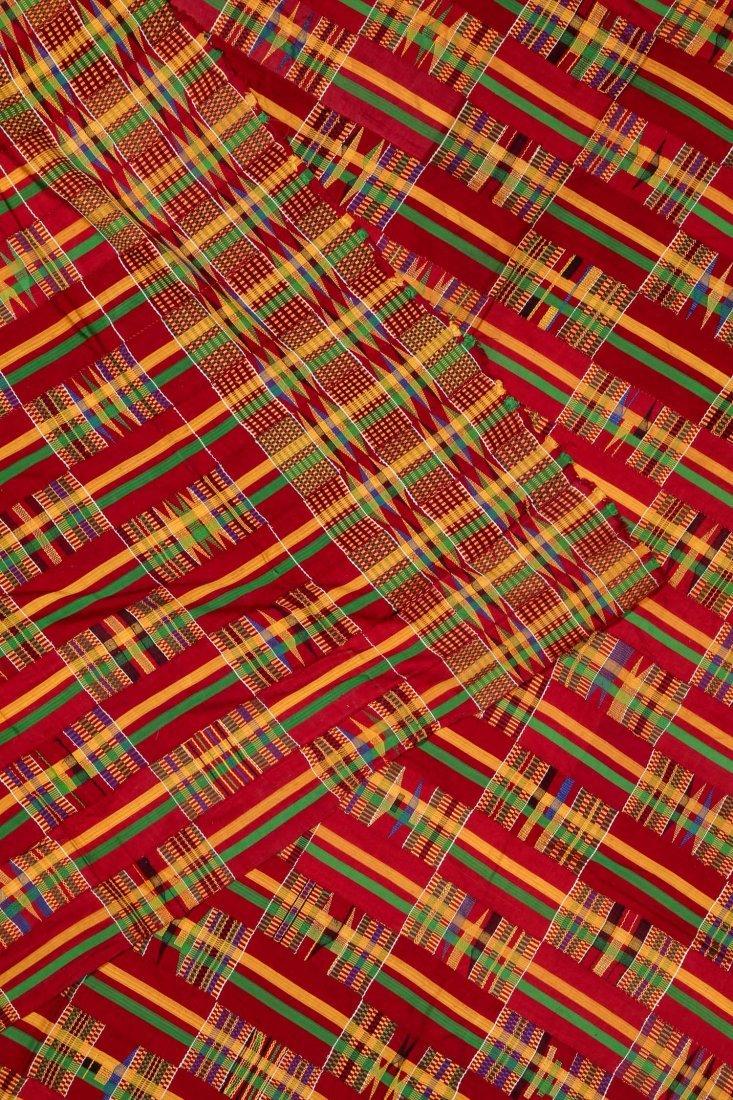 Large Old Kente Cloth: 87'' x 125'' - 4