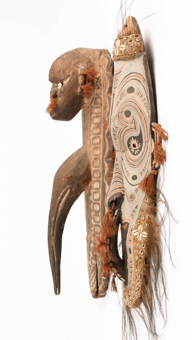 2 PNG Masks Iatmul and Keram - 2