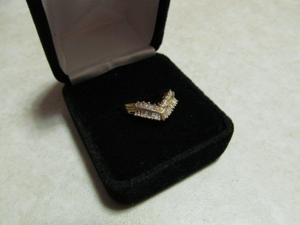 15D: Lady's Diamond Ring