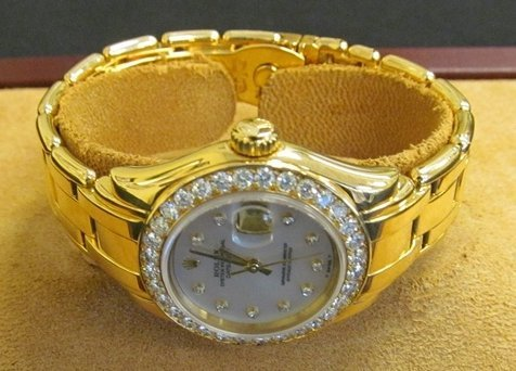 7: Rolex Pearlmaster Ladies 18k Gold Watch