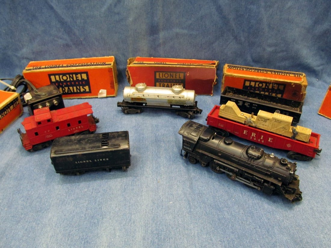 1: O Scale Lionel Train Set - 2026 Engine with boxes