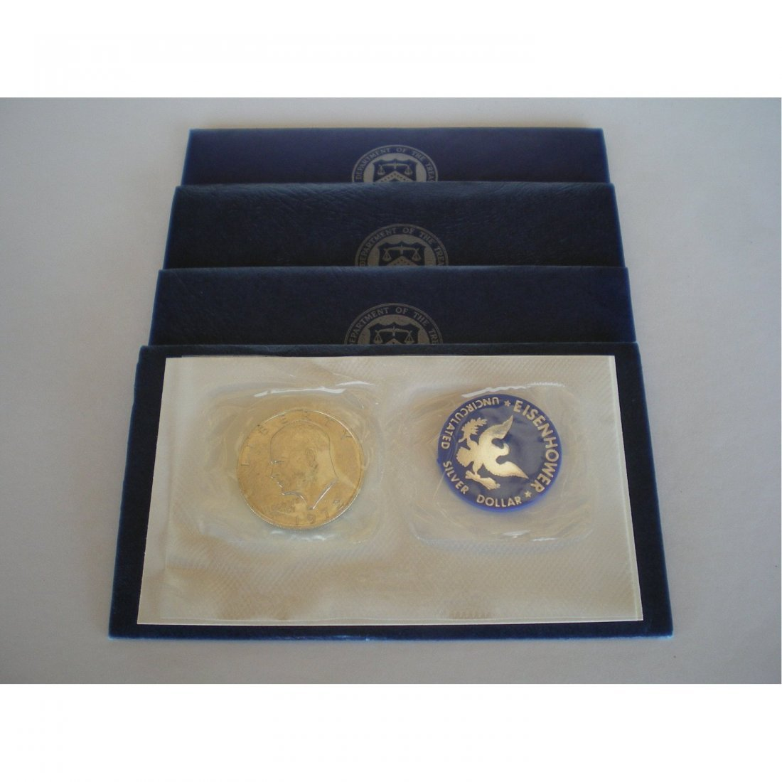 4A: Eisenhower Uncirculated Silver Dollar - Blue Pack