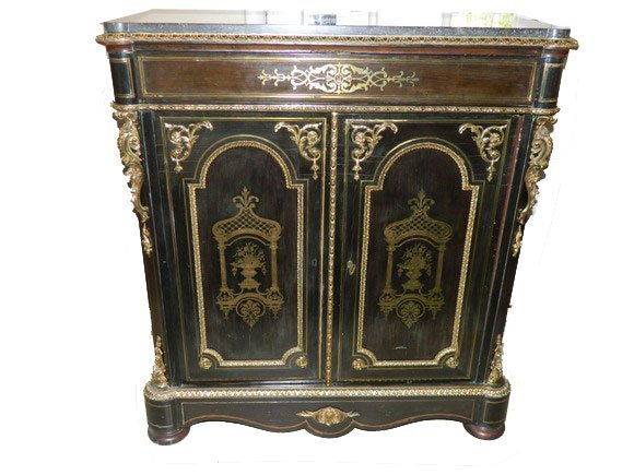 6: Late 19th/Early 20th Century Chinoiserie Painted Sid