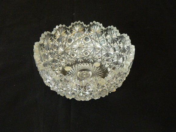 21: Brilliant Period Cut Glass Bowl with Daisy and Butt