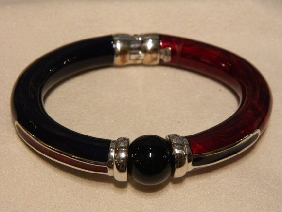 19: Enameled Sterling Vermeil Bracelet
