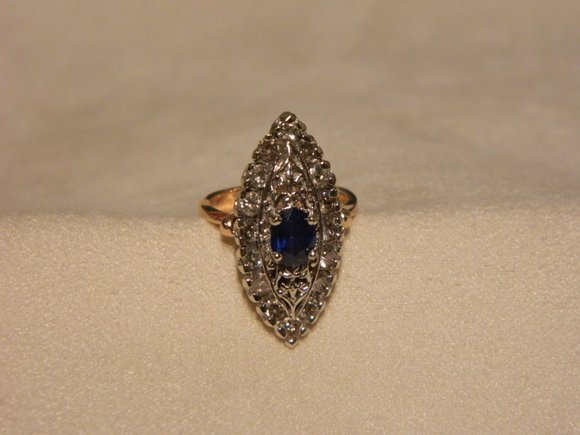 88: 1.25 Ct Diamond and 1 Ct Saphire 14K Ring