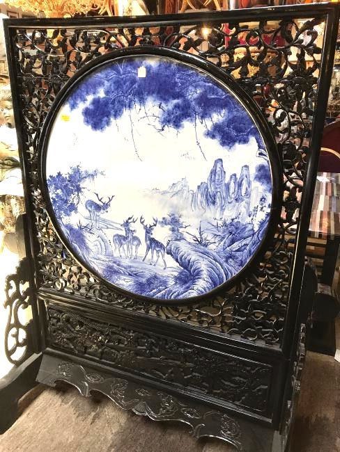 Antiques Antique Chinese Porcelain Round Plaque In Wood Frame