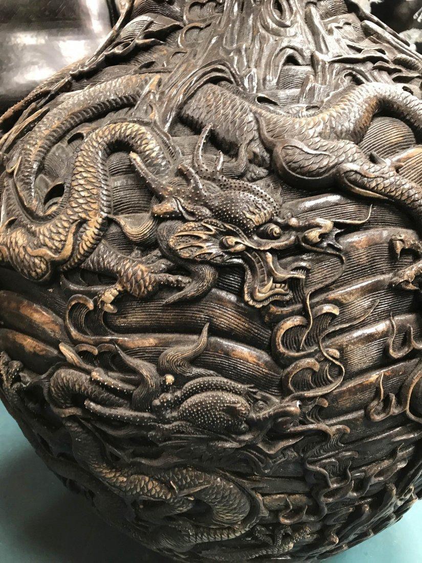 Large Chinese Hard Porcelain Dragon Vase - 3