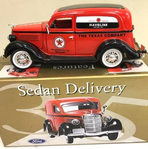 Collectible Metal Car-Texas Co 1935 Ford Sedan Replica