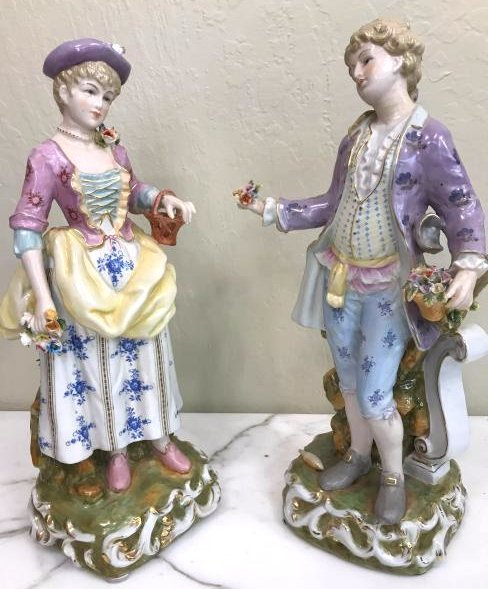 Pair of Magnificent Romantic Porcelain Statues