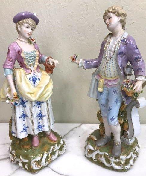 Pair of Magnificent Romantic Porcelain Statues