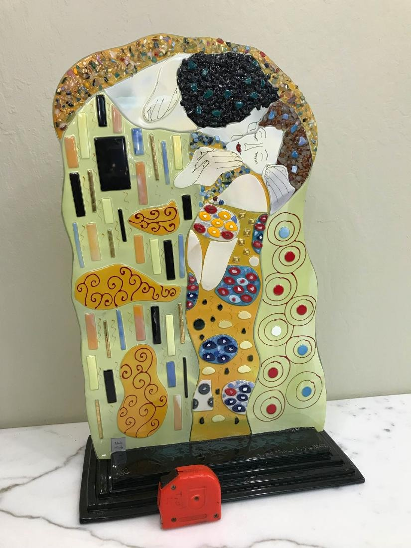 """""""The Kiss"""" Mosaic Glass Statue Signed by Artist - 9"""