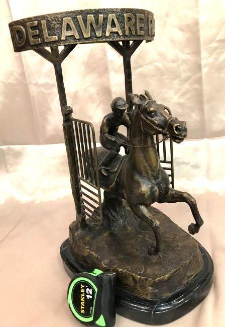 "Bronze Statue of ""Delaware Park"" Racehorse"