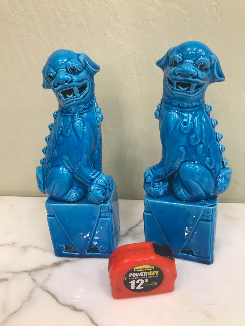 Pair of Porcelain Chinese Turquoise Foo Dogs - 5